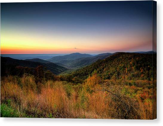 Canvas Print featuring the photograph Fall Sunrise by Ryan Wyckoff