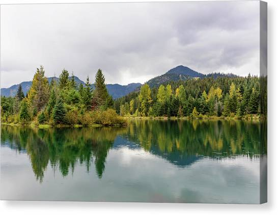 Falls Colors In Gold Creek Pond Canvas Print