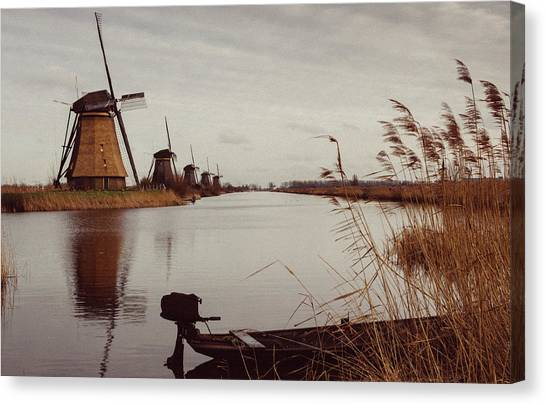 Famous Windmills At Kinderdijk, Netherlands Canvas Print