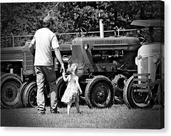 Father/daughter Day Canvas Print