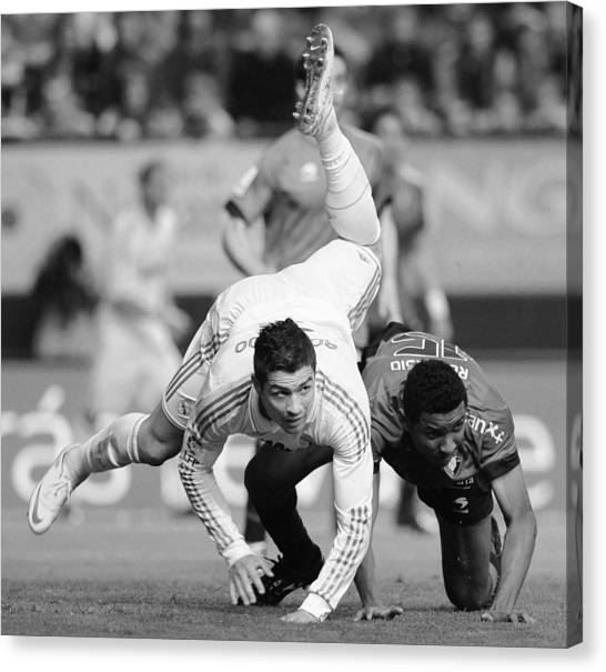 Real Madrid Canvas Print - Cristiano Ronaldo 18 by Rafa Rivas