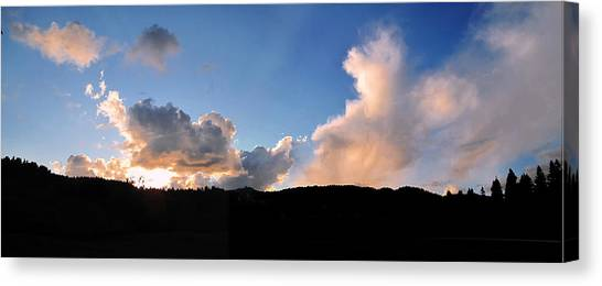 Felton Sunset Canvas Print by Larry Darnell