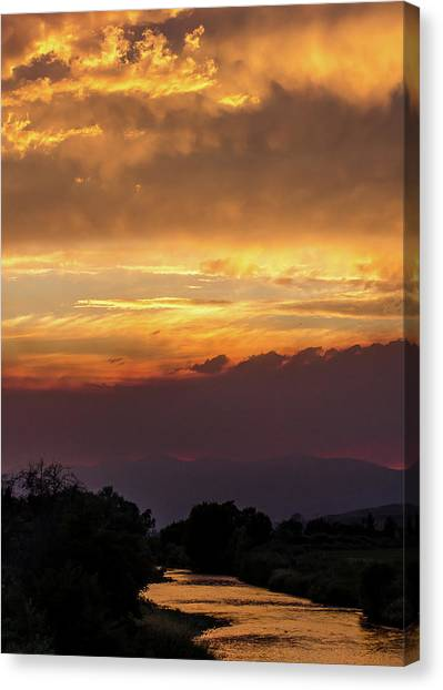 Fire Sky At Sunset Canvas Print