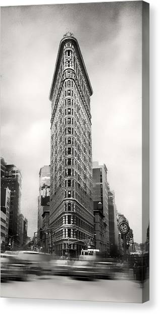 Flatiron District Rush Hour Canvas Print