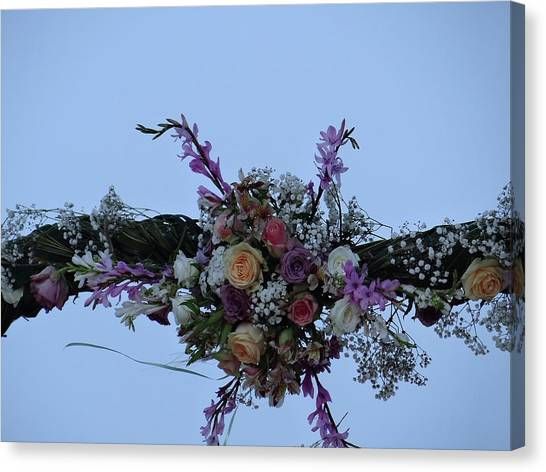 Exploramum Canvas Print - floral love in the Kenyan sky by Exploramum Exploramum