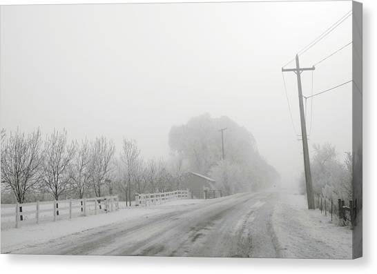 Canvas Print featuring the photograph Fog On Floweree Dr by Dutch Bieber