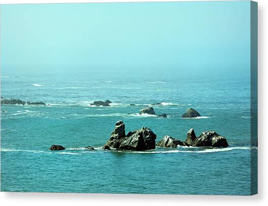 Sunny Blue Pacific Ocean Along The Oregon Coast Canvas Print