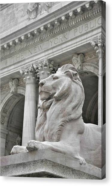 Fortitude King  Canvas Print by JAMART Photography