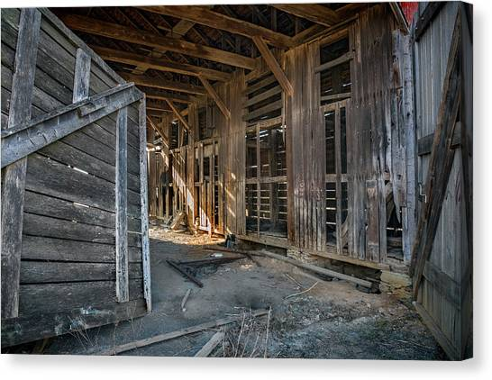 Canvas Print - Frederick Barn Interior by Murray Bloom