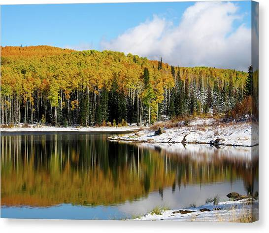 Freeman Lake In Northwest Colorado In The Fall Canvas Print