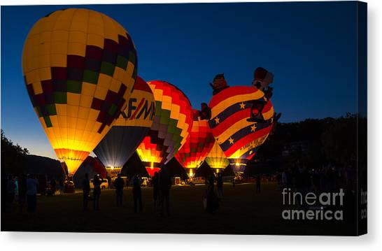 Friday Night At The Quechee Balloon Festival Canvas Print