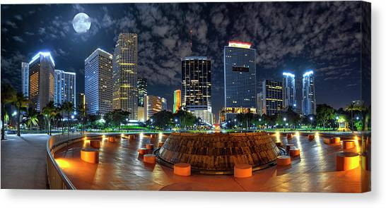 Full Moon Over Bayfront Park In Downtown Miami Canvas Print