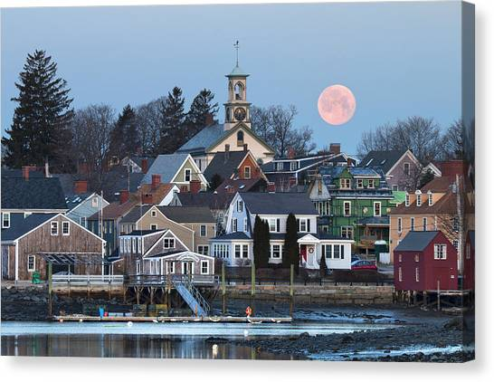Full Moon Over Portsmouth Canvas Print by Eric Gendron