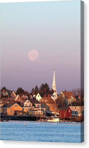 Full Moon Over Portsmouth Nh Canvas Print