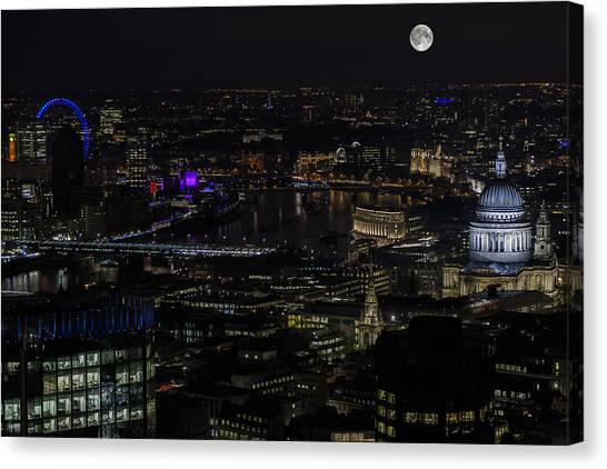 Full Color Moon Rising Over London Skyline  Canvas Print