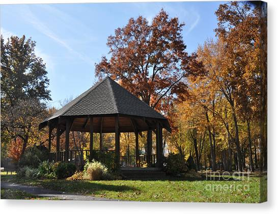 Gazebo At North Ridgeville - Autumn Canvas Print