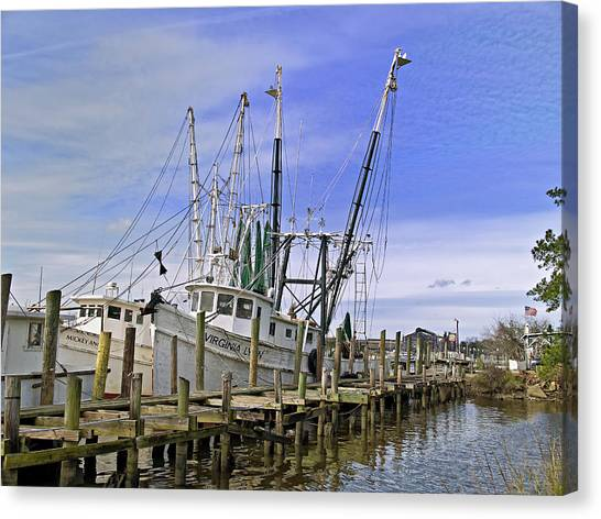 Georgetown Shrimper Canvas Print