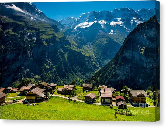 Gimmelwald In Swiss Alps - Switzerland Canvas Print