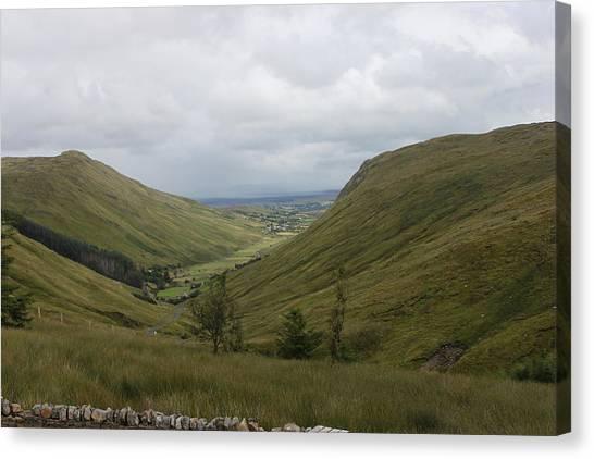 Glengesh Pass Canvas Print