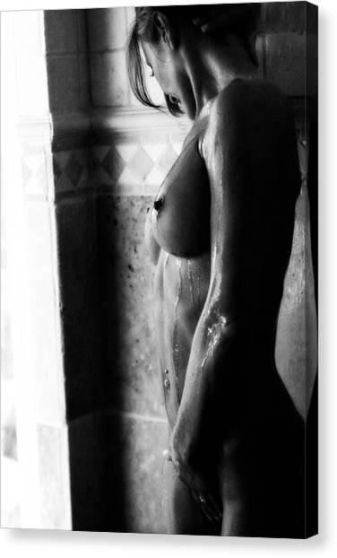 Gocce Di Pioggia Canvas Print by Tonino Guzzo