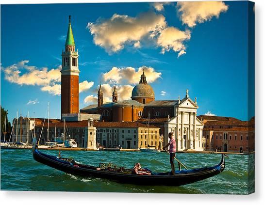 Gondola And San Giorgio Maggiore Canvas Print