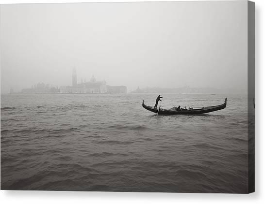 Gondola Nella Nebbia 193042x Canvas Print
