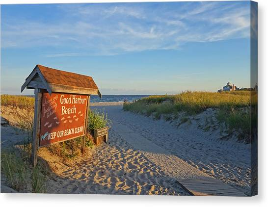 Good Harbor Sign At Sunset Canvas Print