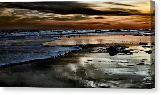 Goodnight Sun Isle Of Palms Canvas Print