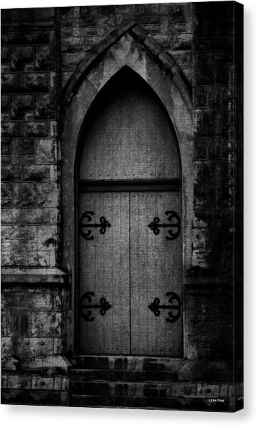 Gothic Door Memphis Church Bw Canvas Print