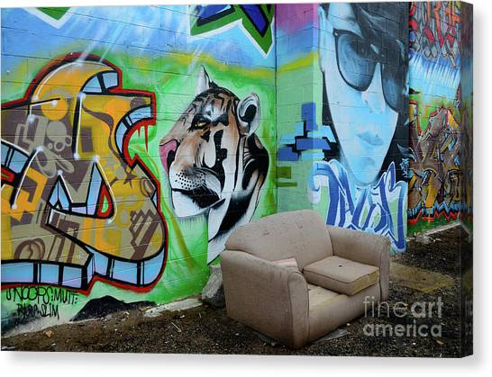 Graffiti Walls Canvas Print - Graffiti Art Albuquerque New Mexico 7 by Bob Christopher