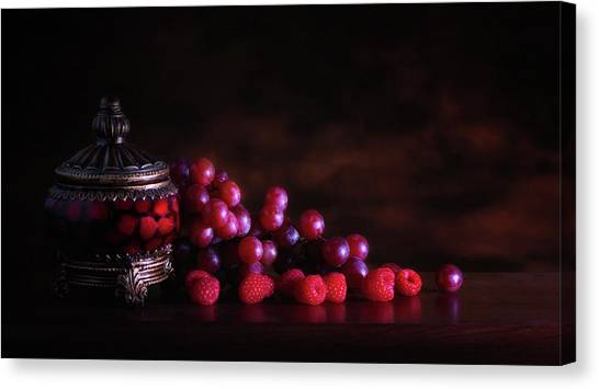 Raspberry Canvas Print - Grape Raspberry by Tom Mc Nemar