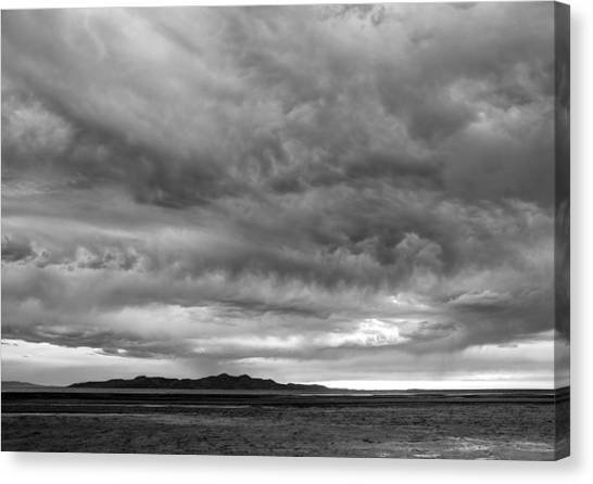 Great Salt Lake Clouds At Sunset - Black And White Canvas Print