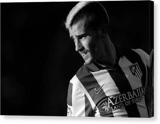 Atletico Madrid Canvas Print - Antoine Griezmann 1 by Dani Pozo