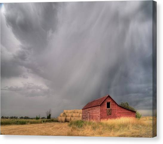 Hail Shaft And Montana Barn Canvas Print