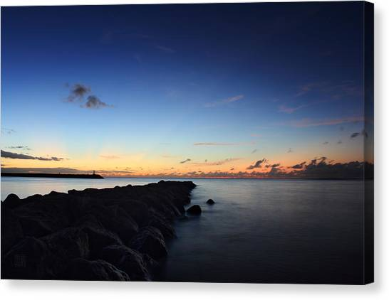 Hale'iwa Harbor Canvas Print