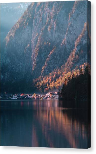 Hallstatt Fall Canvas Print