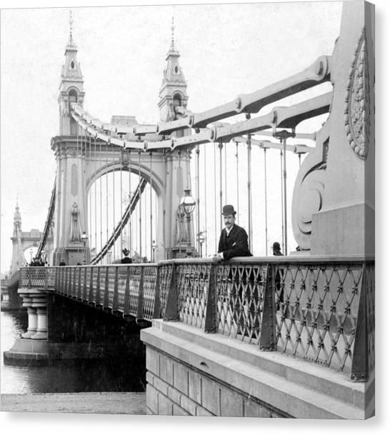 Hammersmith Bridge In London - England - C 1896 Canvas Print