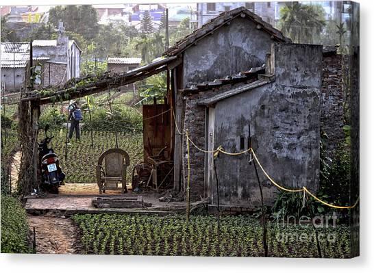 Hanoi Living Canvas Print
