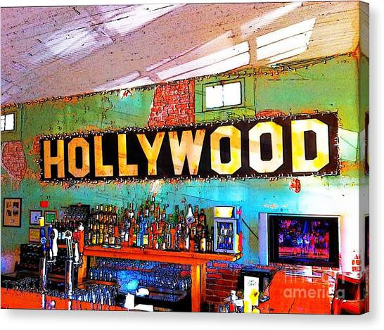 Canvas Print featuring the photograph Happy Hour At The Hollywood Cafe by T Lowry Wilson