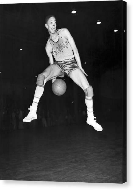 Harlem Canvas Print - Harlem Clowns Basketball by Underwood Archives