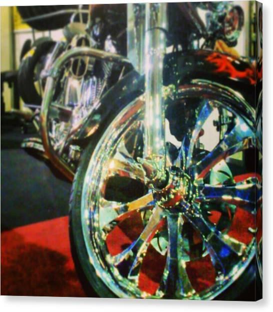 Harley Davidson Canvas Print - #harley #davidson Customizada by Rafael Donis