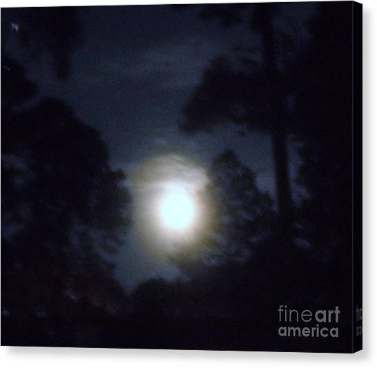 Harvest Moon Canvas Print by Leslie Revels