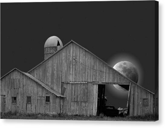 Harvest Moon Canvas Print by Maria Dryfhout