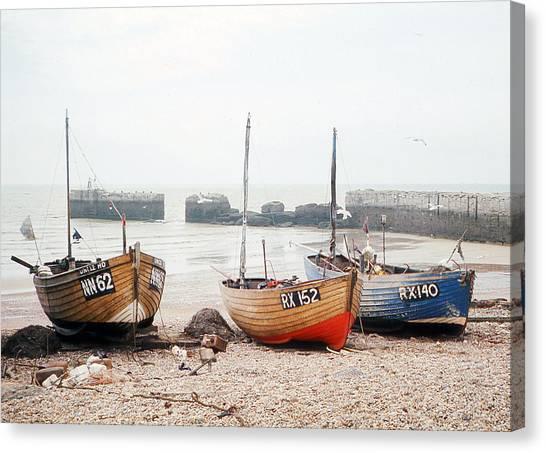 Hastings England Beached Fishing Boats Canvas Print by Richard Singleton