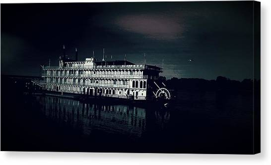 Haunted Dinner Cruise On The Columbia River  Canvas Print