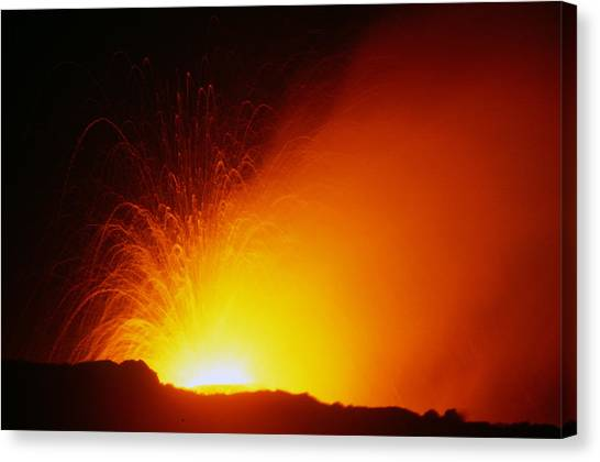 University Of Hawaii Canvas Print - Hawaiian Volcano 3 Of 9 by Michael French