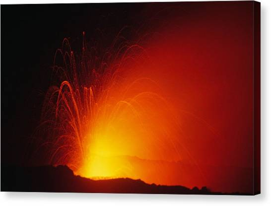 University Of Hawaii Canvas Print - Hawaiian Volcano 6 Of 9 by Michael French