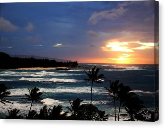 Hawaiin Sunset Canvas Print by Thea Wolff