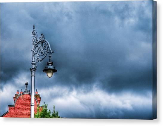 Hdr Street Lamp Canvas Print