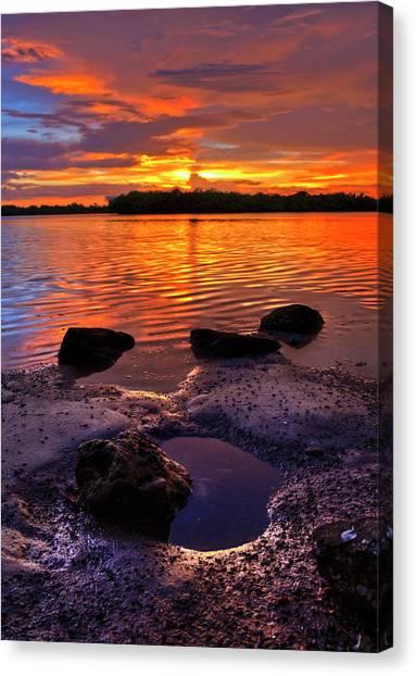 Heart Shaped Pool At Sunset Over Lake Worth Lagoon On Singer Island Florida Canvas Print